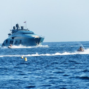 yacht-cannes