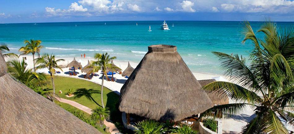 La Riviera Maya avec un yacht